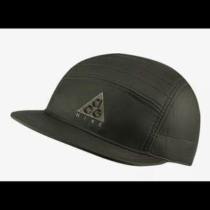 Nike ACG AW84 5 Panel Adjustable Hiking Hat